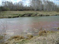 Выбросы в реку Чусовую (фото)