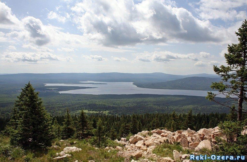 Озеро Зюраткуль Челябинской области